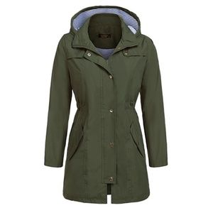 Green waterproof Windbreaker Coat (12AE)